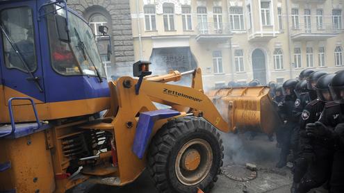 Евромайдан: бульдозерная революция попова-тягнибока