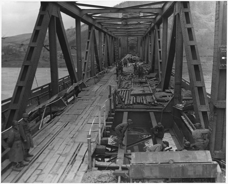 Фото дня: мост людендорфа
