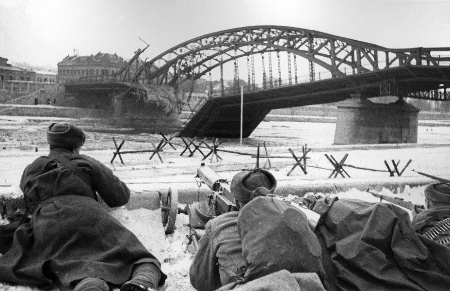 Фото дня: союзническая помощь