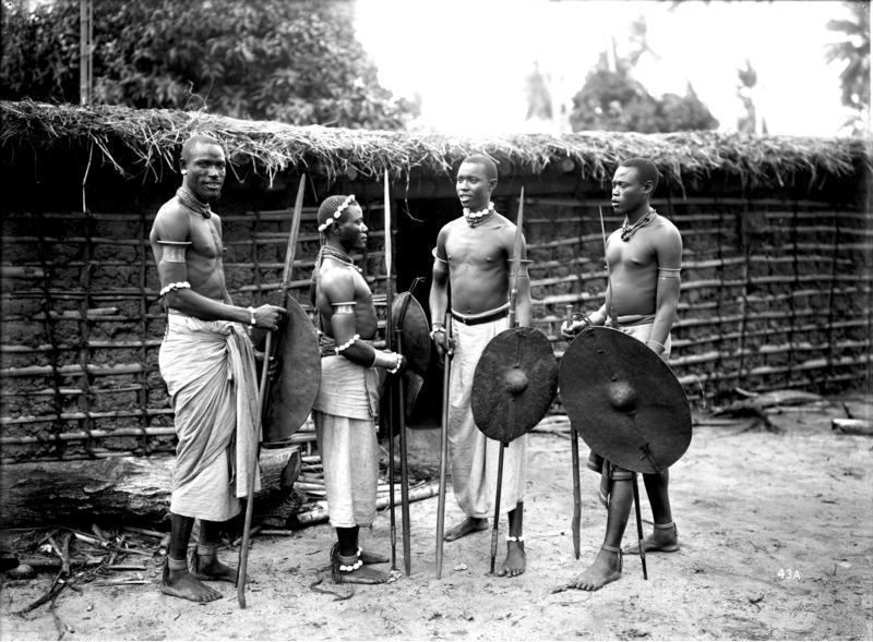 Фото дня: воины племени чёрного наполеона