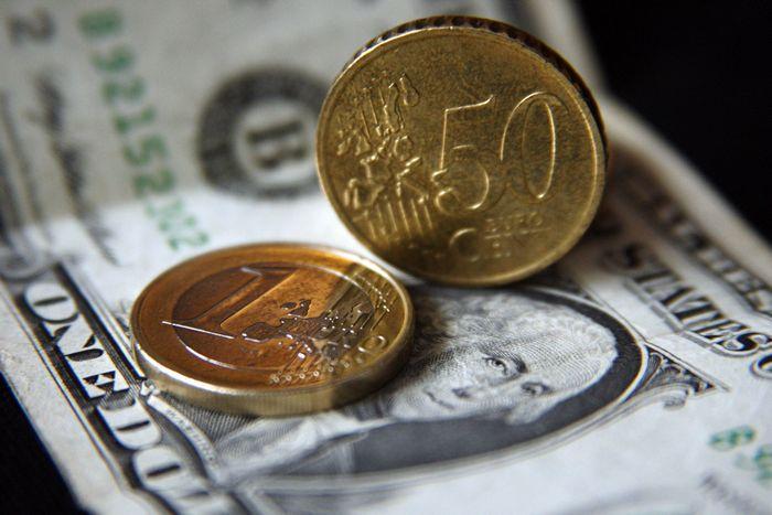 Миссия невыполнима, или почему доллар так странно себя ведет?