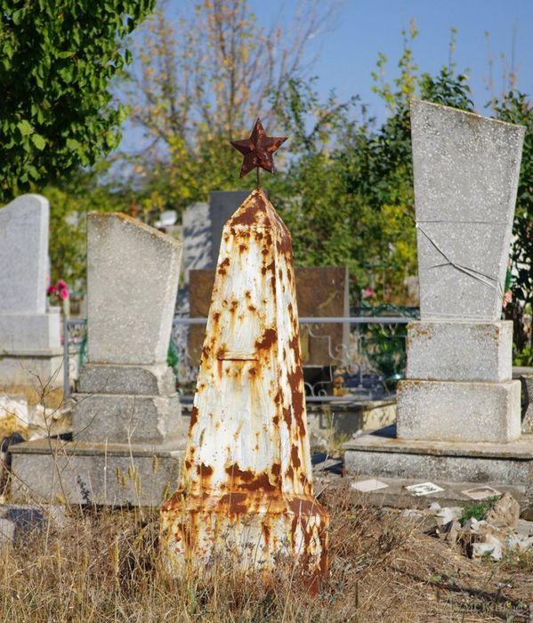 Охотники за металлом на кладбищах: не только наша проблема
