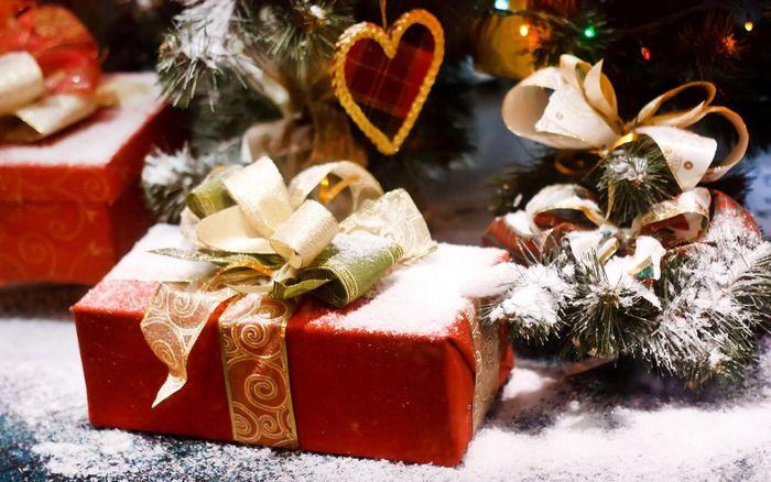 Смс поздравления с новым годом 2015: короткие, прикольные и забавные смски
