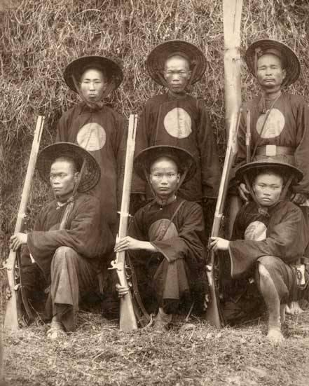Солдаты с косичками