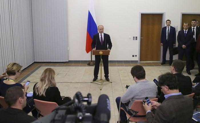 Уэсли кларк: россия - вот от кого исходит угроза в сирии