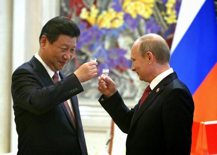 Запад усиливает санкции – рф меняет стратегию и свою политику